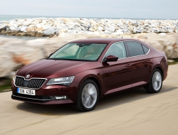 Skoda Superb 2015 full hd
