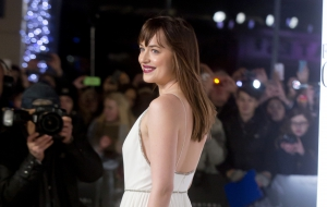 Dakota Johnson hd photos
