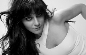Zooey Deschanel sexy wallpapers