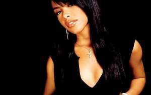 Aaliyah Background