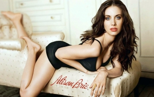 Alison Brie Sexy Wallpapers