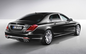 Mercedes-Maybach S600 Background