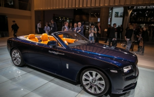 Rolls-Royce Dawn Photos