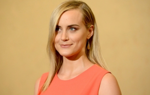 Taylor Schilling Pictures