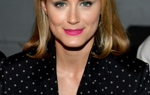 Taylor Schilling iphone sexy Wallpapers