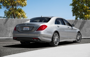 Mercedes-Benz S550e 2015 Wallpapers HD