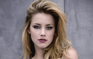 Amber Heard Computer Wallpaper