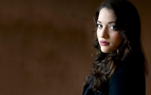 Kat Dennings HD Wallpaper