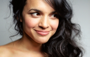 Norah Jones High Definition Wallpapers