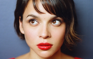 Norah Jones High Quality Wallpapers