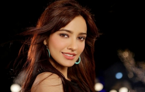 Neha Sharma Widescreen