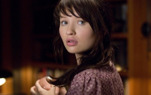 Emily Browning Computer Wallpaper