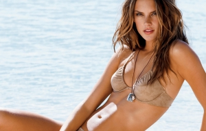Alessandra Ambrosio High Definition Wallpapers