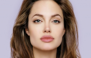 Angelina Jolie Widescreen