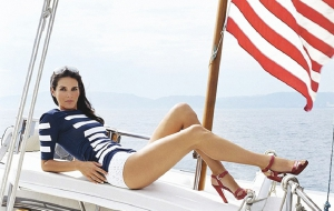Angie Harmon Full HD