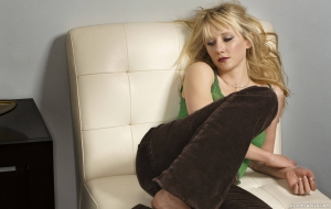 Anne Heche HD Desktop