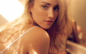 Ashley Johnson Pictures
