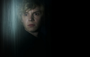 Evan Peters HD