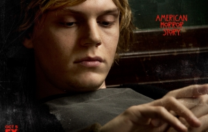 Evan Peters HD Wallpaper