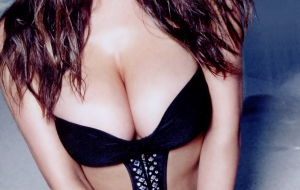 Lucy Pinder iphone Images