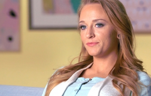 Maci Bookout Background