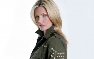 Natasha Henstridge High Definition