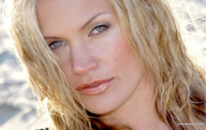 Natasha Henstridge High Quality Wallpapers