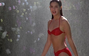 Phoebe Cates Pictures