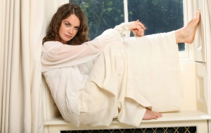 Ruth Wilson Pictures