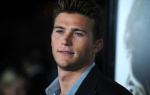 Scott Eastwood Widescreen