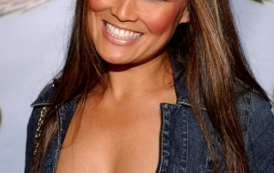 Tia Carrere High Quality Wallpapers