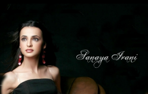 Sanaya Irani HD Wallpaper