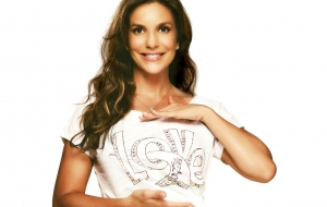Ivete Sangalo HD Wallpaper