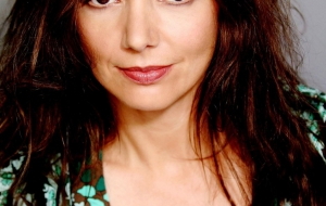 Joanne Whalley Photos