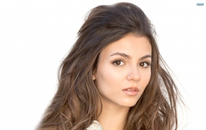 Victoria Justice High Definition