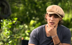 Brenton Thwaites HD Wallpaper