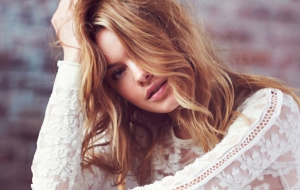Camille Rowe Background