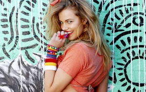 Hailey Clauson Photos