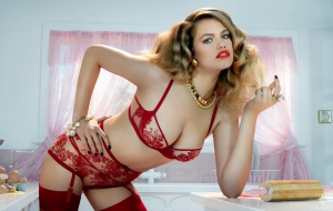 Hailey Clauson Widescreen