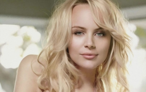 Helena Mattsson For Desktop