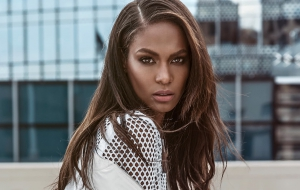 Joan Smalls HD Wallpaper