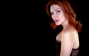 Laura Harring High Quality Wallpapers