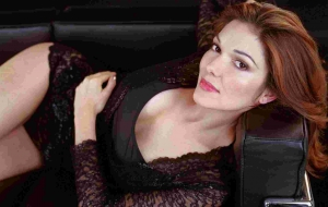 Laura Harring Images