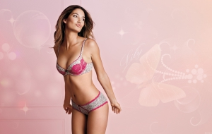 Lily Aldridge Widescreen