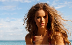Robyn Lawley High Definition Wallpapers