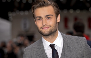 Douglas Booth HD Deskto