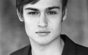 Douglas Booth HD Wallpaper