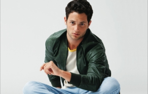 Penn Badgley Images