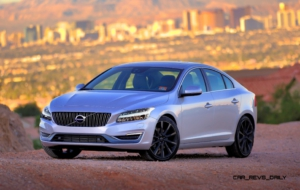 Volvo V60 2017 Wallpaper