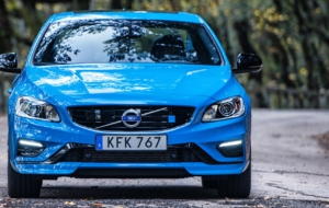 Volvo V60 2017 Wallpapers HD